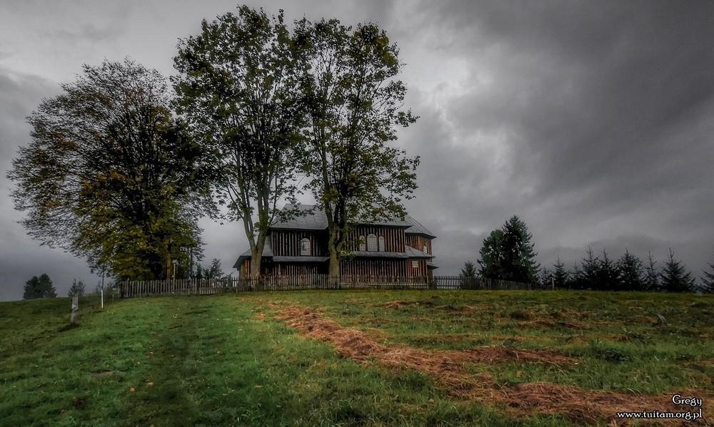 BIESZCZADY – szlakiem cerkwi drewnianych