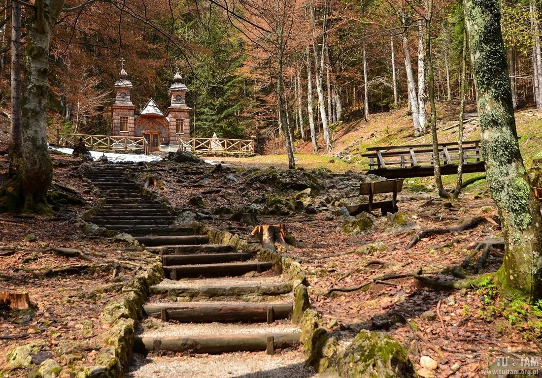 Kaplica przy drodze na Virsic