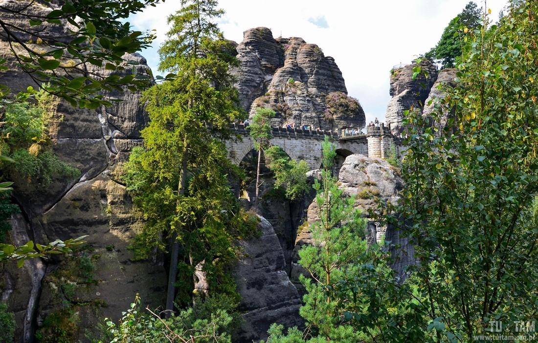 Bastei, Zamek Neurathen, kamienny most