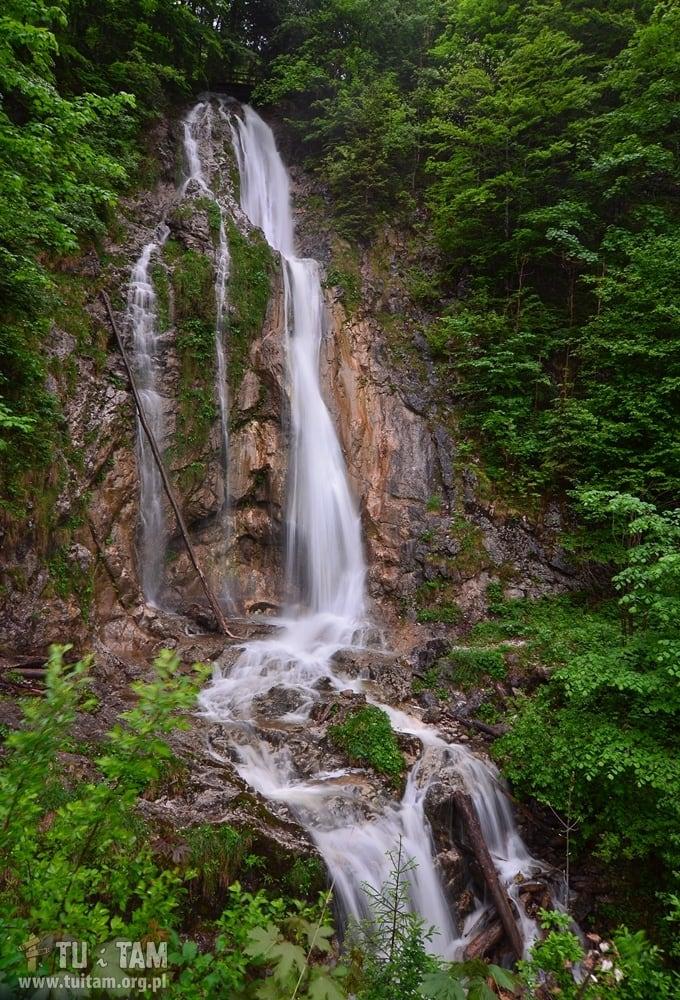 Wodospad przy płatnej drodze Weissenbach