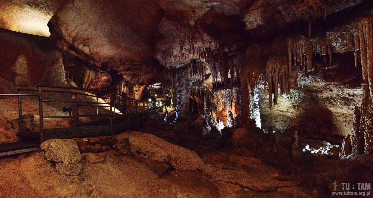 Jaskinia Fico, Fico Cave