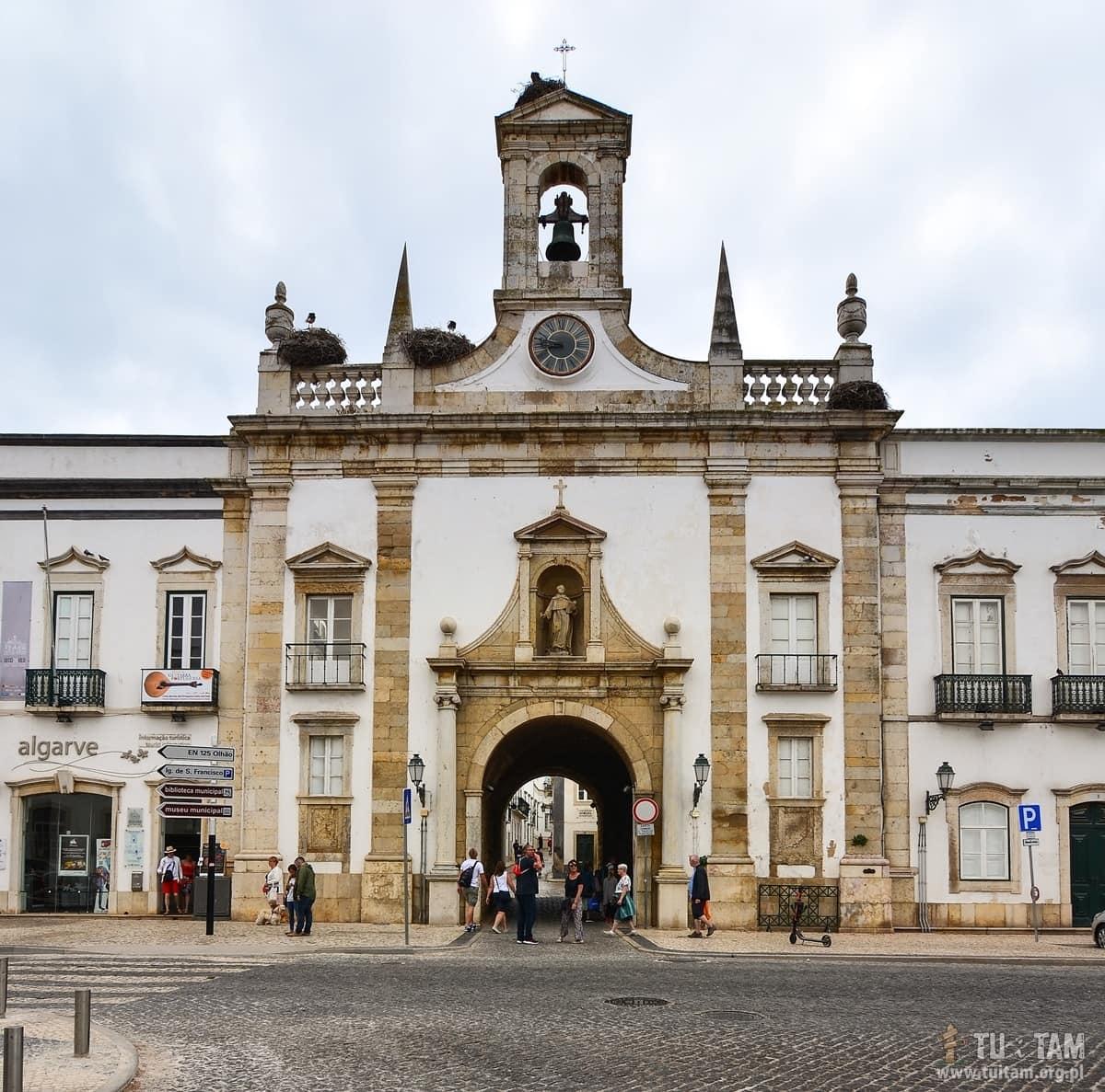 Faro Arco da Vila, Algarve, Portugal