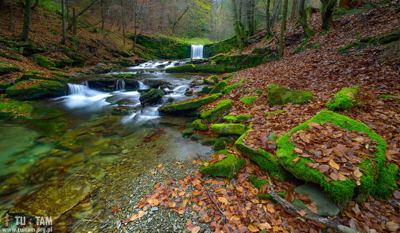 Dziki Wodospad w Brennej
