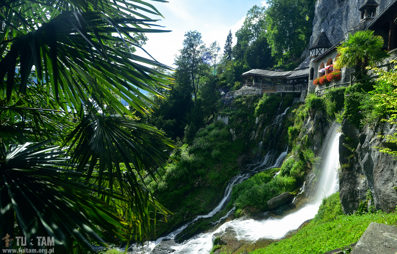 Wodospad przy jaskini St. Beatus Caves