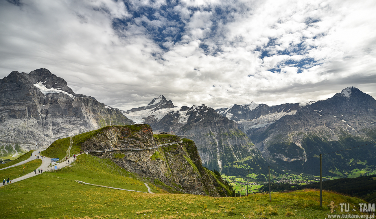 First, Szwajcaria